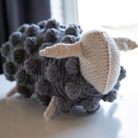 Pagalvėlė Maža pilka avytė