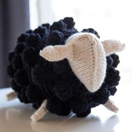 Pagalvėlė Maža juoda avytė
