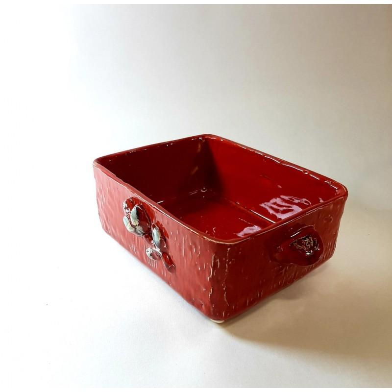 Dėžutė  raudona