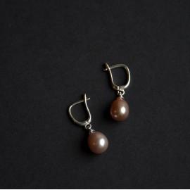 Lašo formos perlų auskarai, levandų spalvos