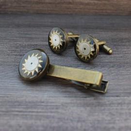 Sąsagų ir kaklaraiščio segtuko komplektas su laikrodžių detalėmis