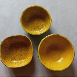 Geltoni dubenėliai